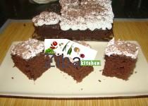 کیک چاکلیتی کریم دار